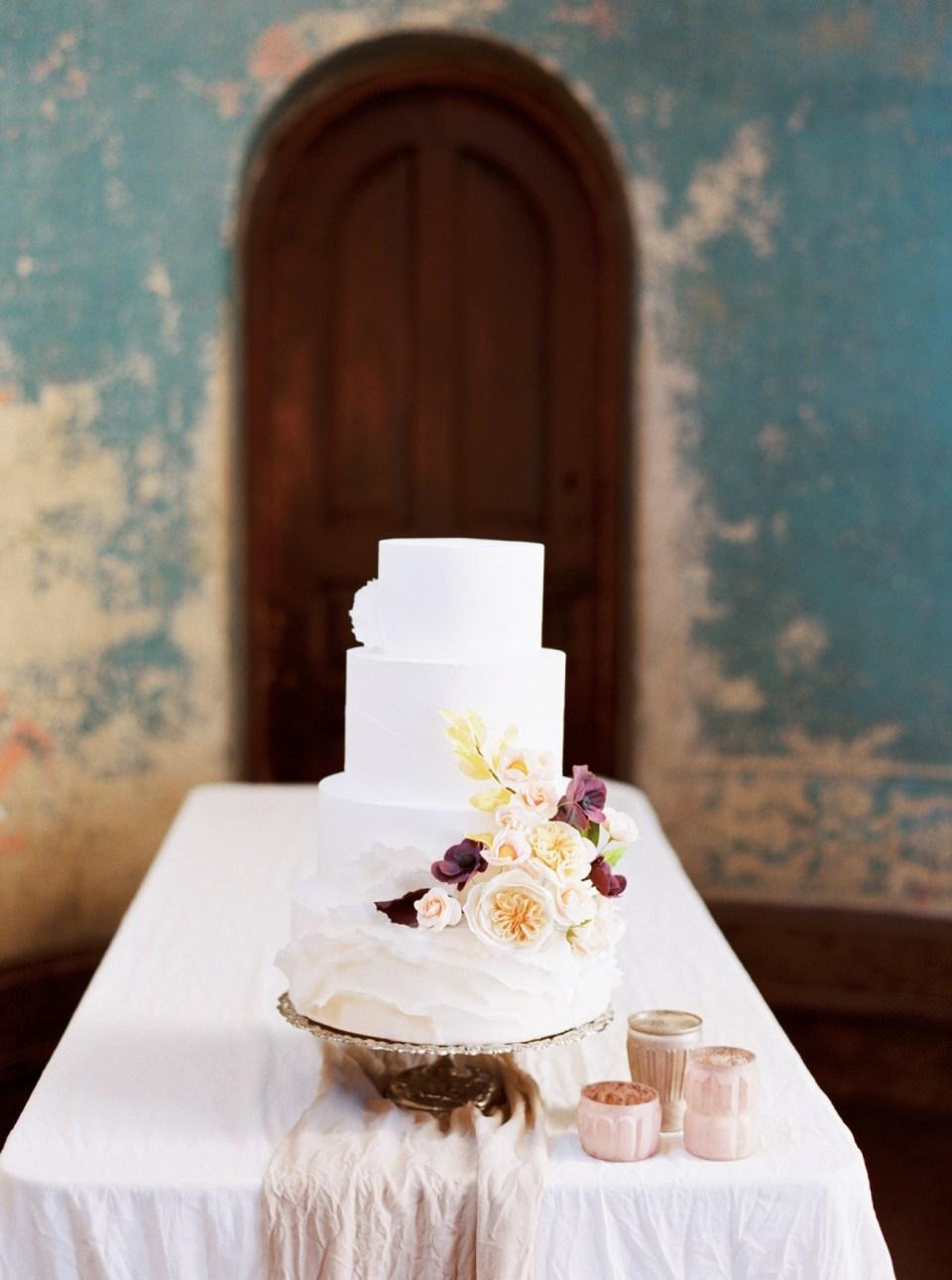Elegant and Classic Autumn Wedding | Kentucky Wedding Florist
