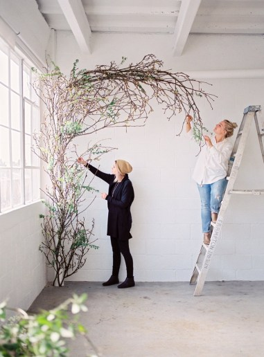 ceremony-installation-roots-floral-design-13