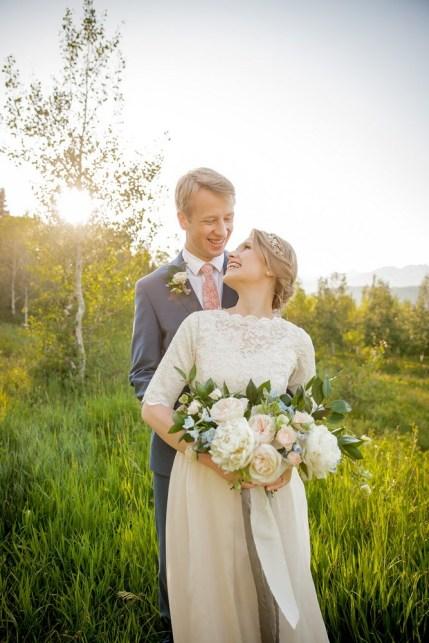 wedding-bouquets-roots-floral-design-17