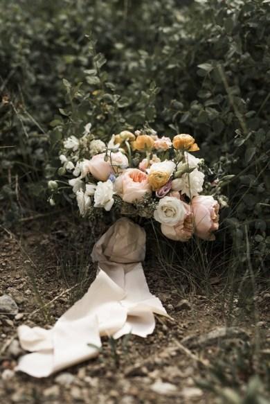 wedding-bouquets-roots-floral-design-6