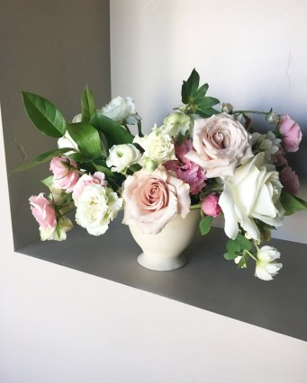 wedding-centerpieces-roots-floral-design-15