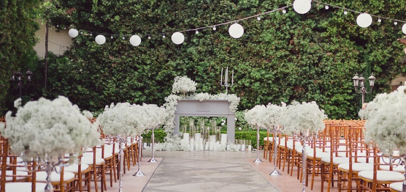 The Fascinating Stories Behind Wedding Traditions You