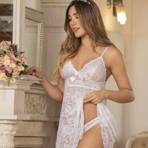 Bata-hilo-sexy-blonda-encaje-bogota-colombia