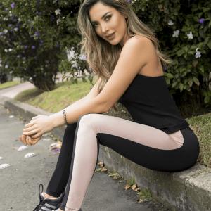 deportivo-tres-piezas-negro-rosa-pantalón