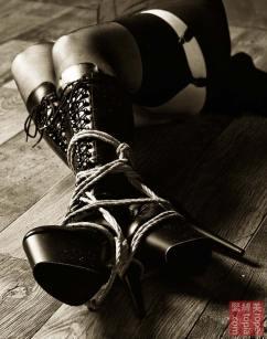 Lexi Shibari bondage
