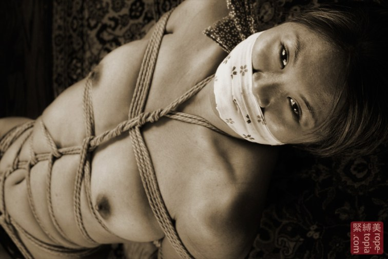 Asian Bella. Gag and tenugui. Gote shibari