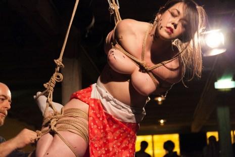 Shibari suspension performance, Vienna Rope Festival. Reverse prayer hands 後手 合掌 縛り - Gote Gasshou Shibari