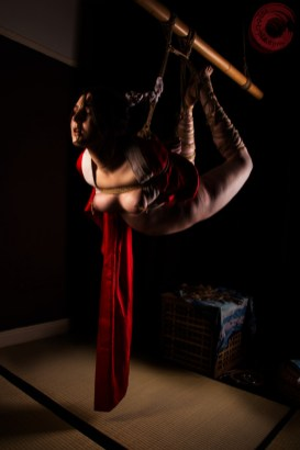 Gyaku ebi suspension bondage, leg binding, wykd method TK, nipple rope. Model Alexa