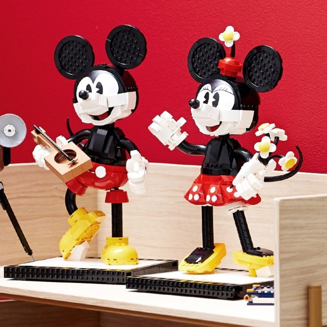 Mickey & Minnie LEGO set