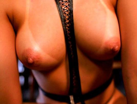 72-2-640x360 【倉多まお】白肌と小麦色肌のコントラストがクッソエロい!巨乳美少女と野外SEX!@pornhub