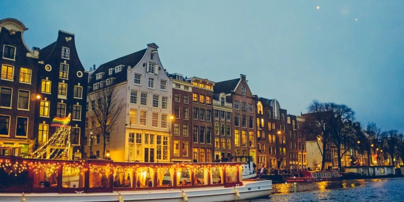 3 ways to experience Amsterdam's iconic canals