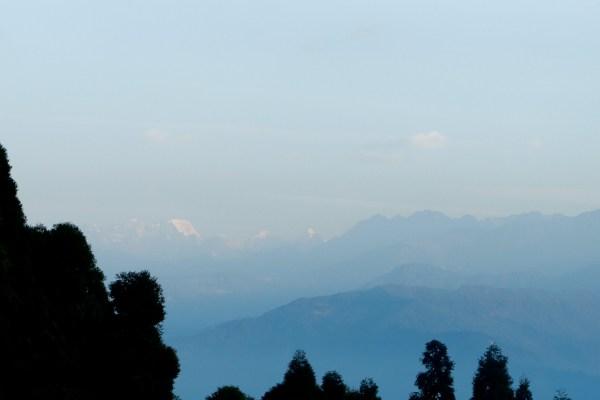 Je parle du village de Lava dans les montagnes et de bouquins