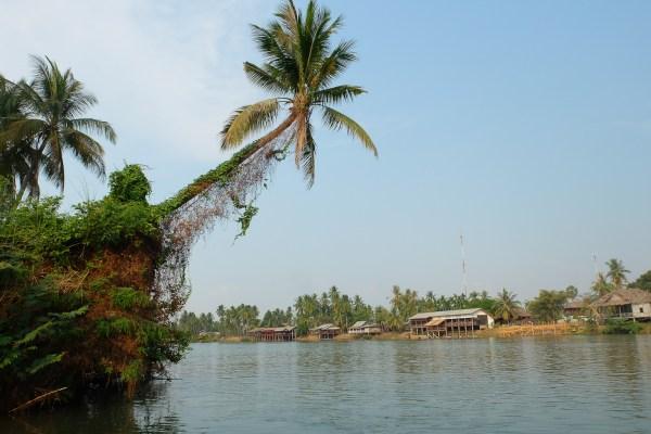 Bécane et Pétrolette #6 : langueur laotienne à Don Det