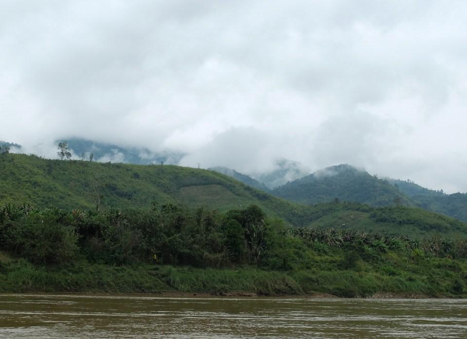 laos ferry-1