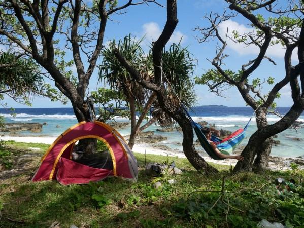 Falaises, camping et chevaux sauvages dans le Pacifique : bienvenue à 'Eua (1)