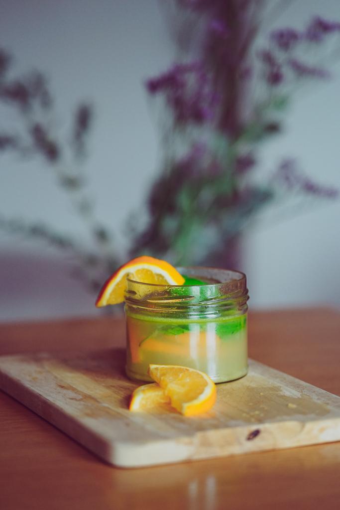 Basilikum-Orangen-Spray gegen juckende Kopfhaut