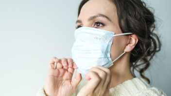 Face Masks can aggravate your rosacea