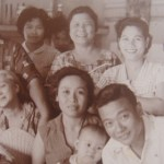 Rosa with children and grandkids
