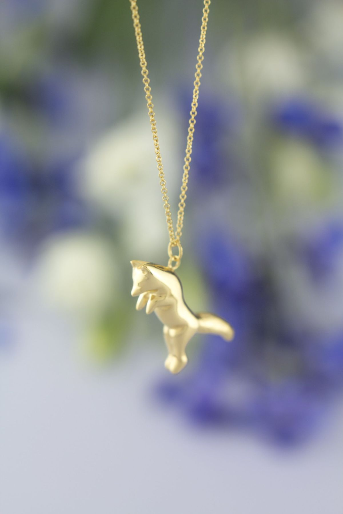 Fox necklace gold