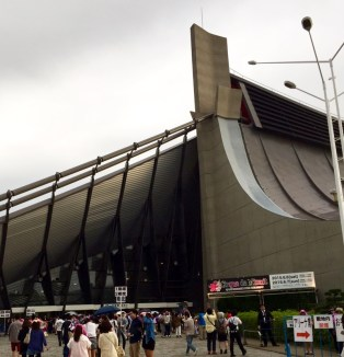 ayumi-hamasaki-arena-tour-2015-cirque-de-minuit-yoyogi-7