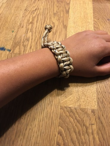 WittyThings Paracord Wrist