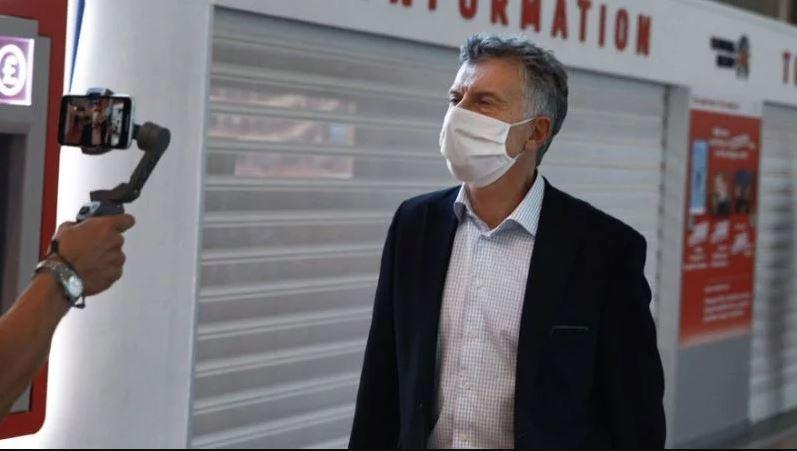 Macri se vacunó contra el coronavirus en una farmacia en Estados Unidos