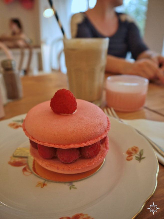 Riesenmacaron in der Zuckermonarchie