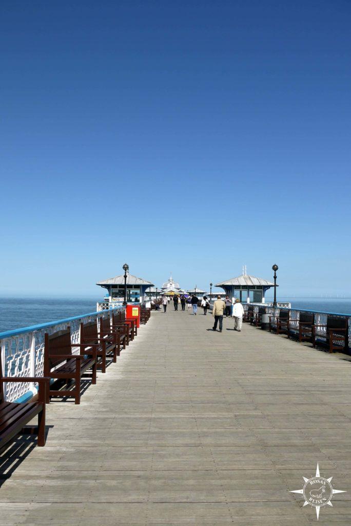 Roadtrip-Wales-Rosas-Reisen-Llandudno-Pier-Seebad (4)