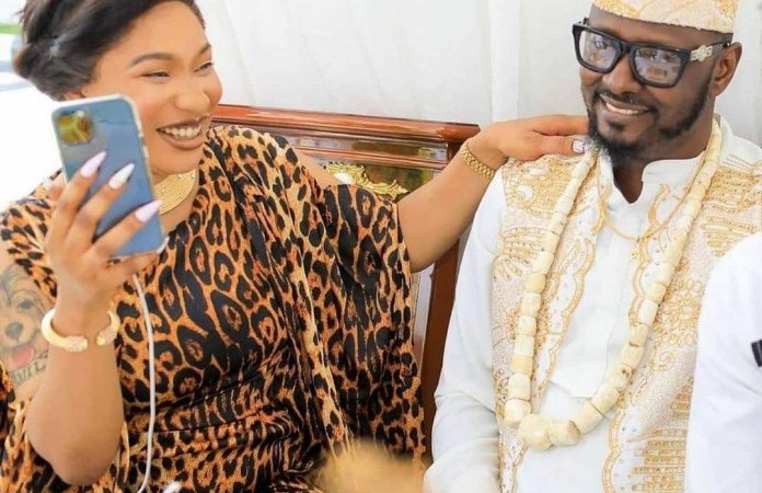 """""""He needs to answer for putting a gun to my head"""" Tonto Dikeh accuses Kpokpogiri of owing her money and threatening her life following his arrest"""