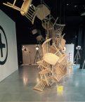 « Sculpture » de chaises