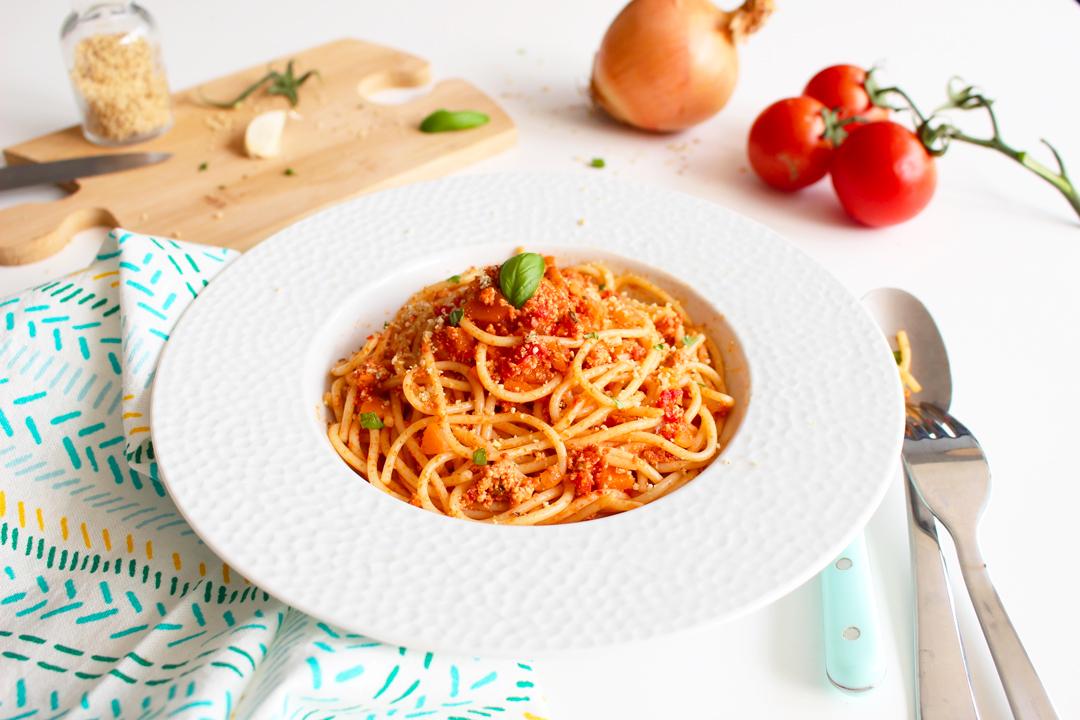 spaghetti à la bolognaise végétalienne
