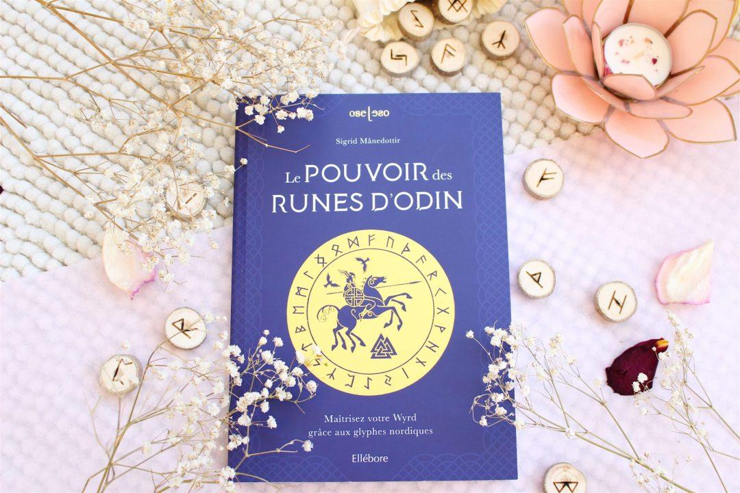 Livre et runes Le pouvoir des runes d'Odin Edition Ellebore