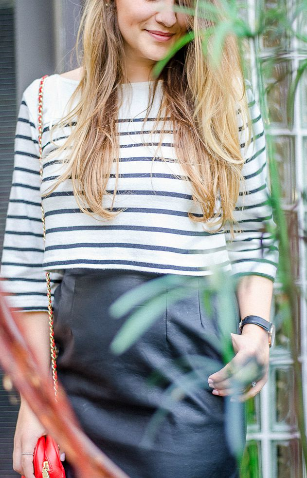 summer-night-out-rosecitystyleguide-outfit-leather-mini-striped-croptop-2