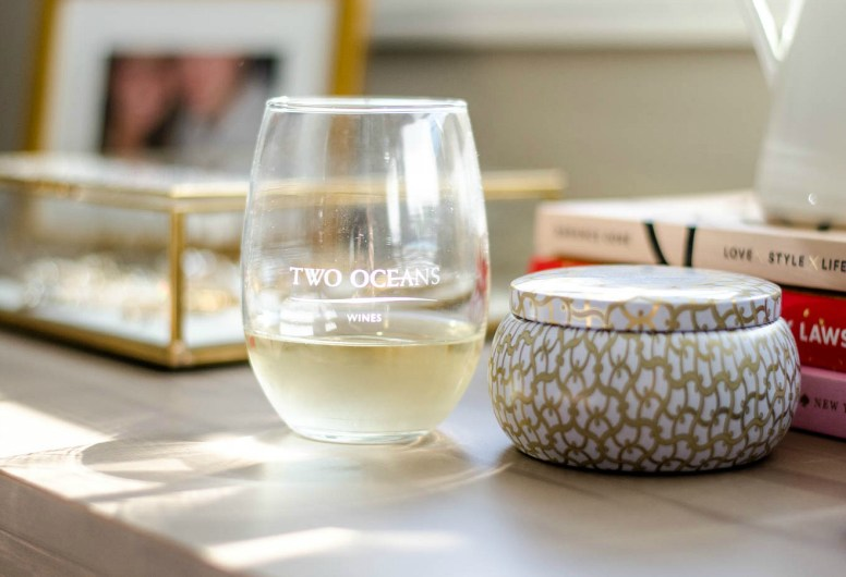 Two-oceans-moscato-what-to-pack-mexico-spring-break-rosecitystyleguide