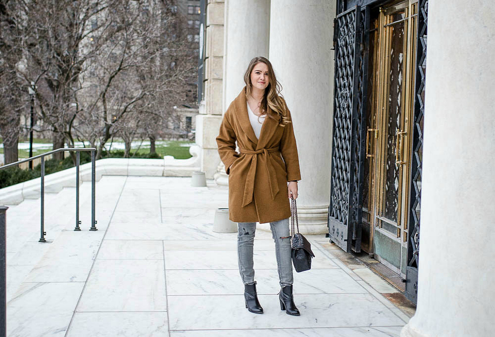 DIA-detroit-camel-wrap-coat-grey-jeans-quilted-bag-black-booties-daniel-wellington-watch-rosecitystyleguide-8