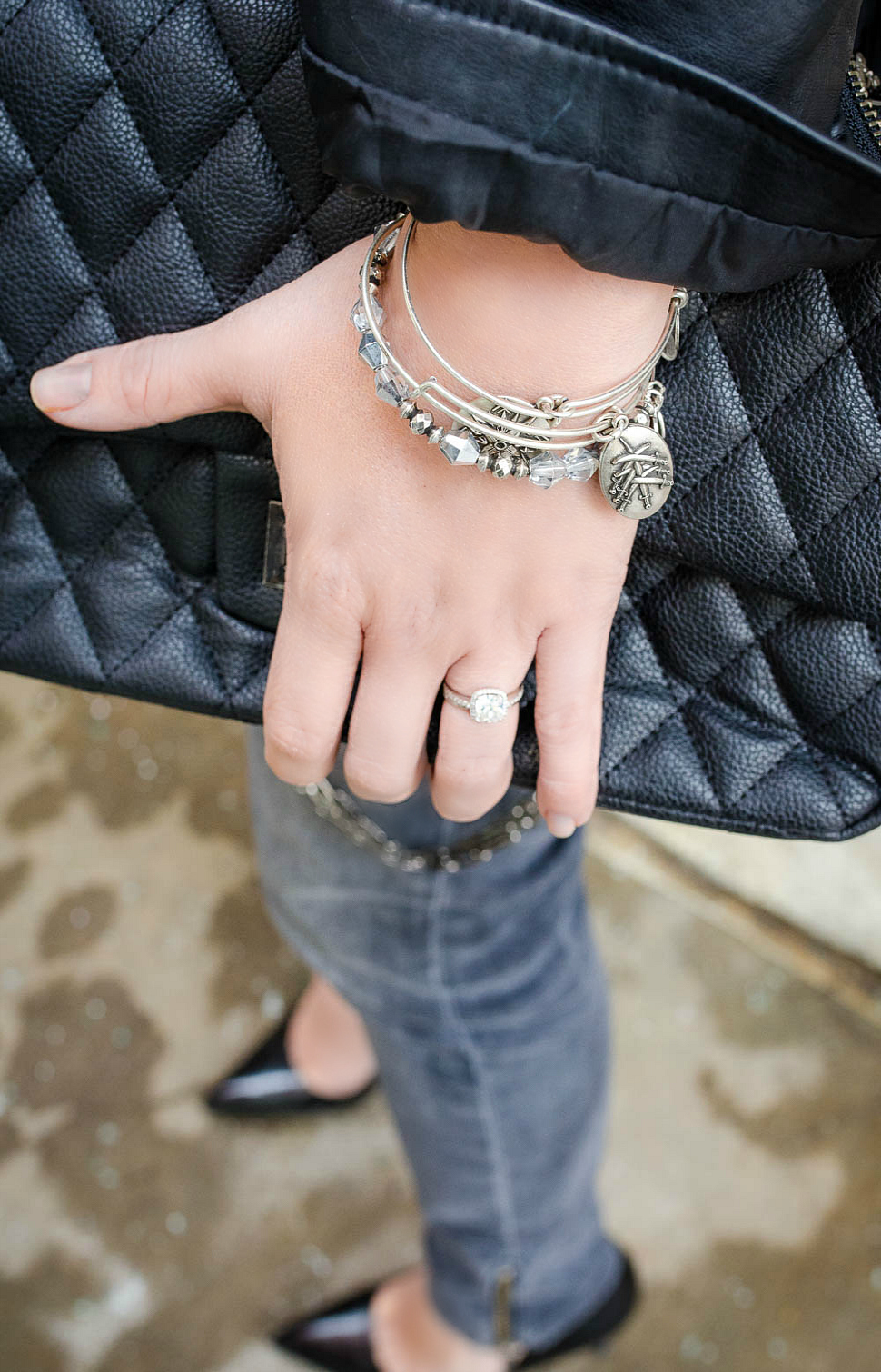 leather-jacket-fringe-top-black-jeans-quilted-bag-rosecitystyleguide-alexandani-1