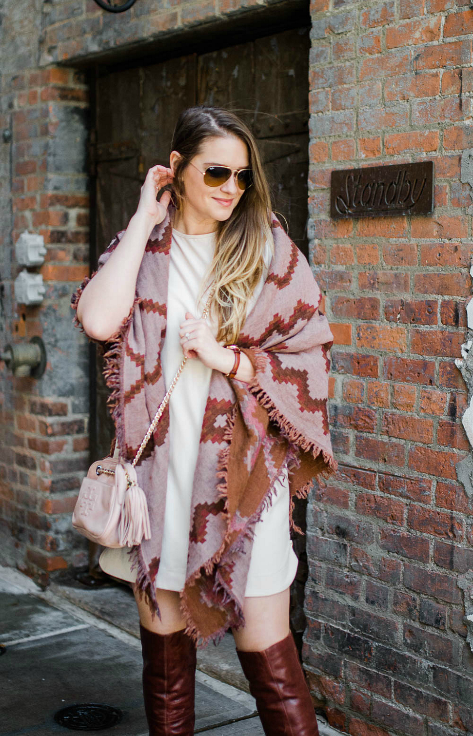 standby-detroit-bar-city-guide-things-to-do-in-detroit-rosecitystyleguide-outfit-aritzia-scarf-over-the-knee-boots-shirt-dress-canadianblogger-17