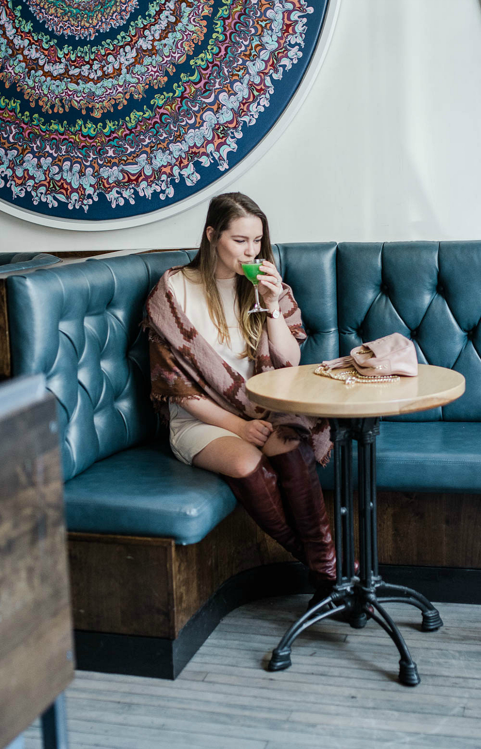 standby-detroit-bar-city-guide-things-to-do-in-detroit-rosecitystyleguide-outfit-aritzia-scarf-over-the-knee-boots-shirt-dress-canadianblogger-14