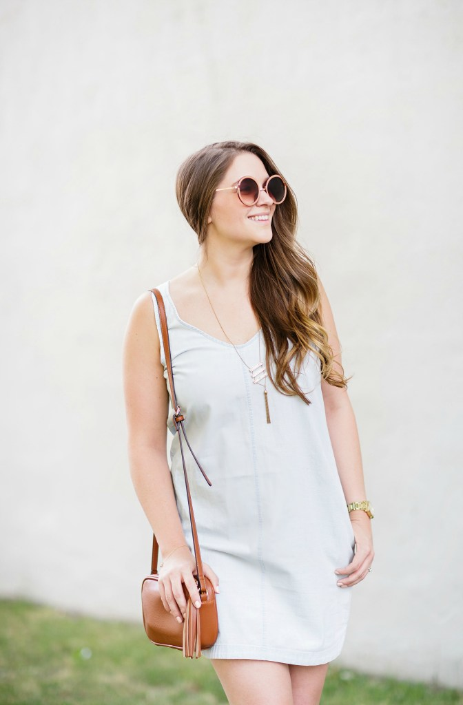 summer-sun-dress-chambray-old-navy-crossbody-round-sunglasses-wedges-rosecitystyleguide-canadian-blogger-10