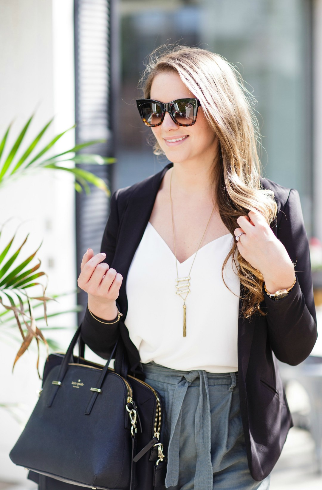 working-girl-office-outfit-wide-leg-pants-black-blazer-celine-sunglasses-kate-spade-laptop-bag-rosecitystyleguide-canadian-blogger-10