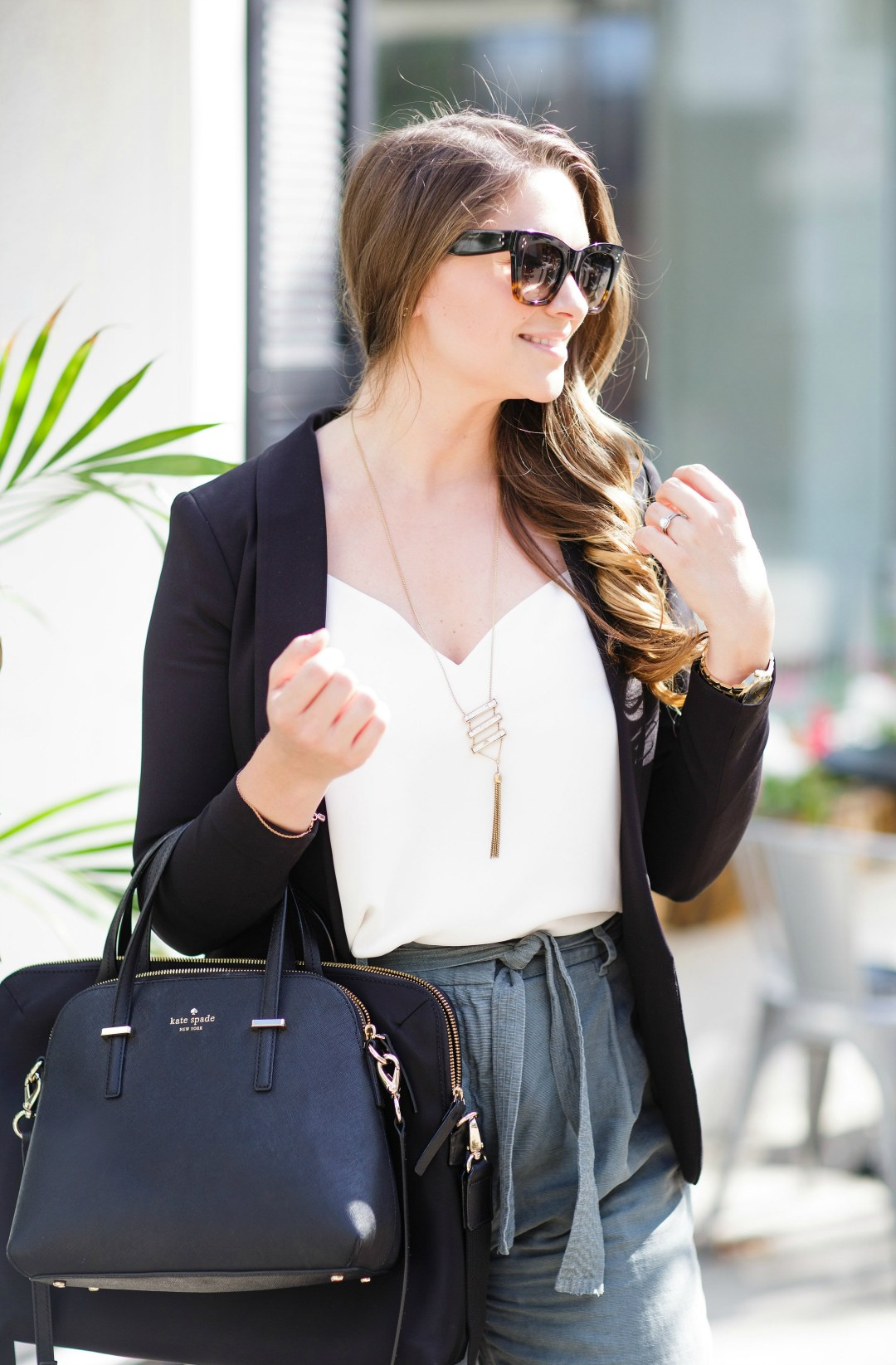 working-girl-office-outfit-wide-leg-pants-black-blazer-celine-sunglasses-kate-spade-laptop-bag-rosecitystyleguide-canadian-blogger-13