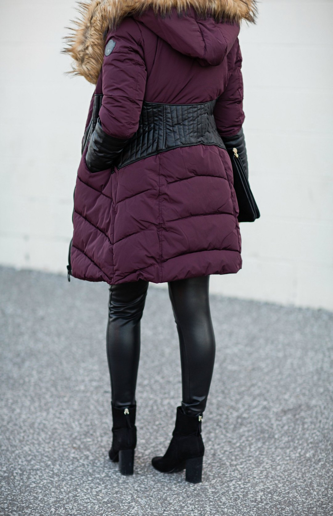noize-coat-rose-city-style-guide-fall-outfit-leather-leggings-black-booties-celine-caty-sunglasses-fashion-blog-canadian-12