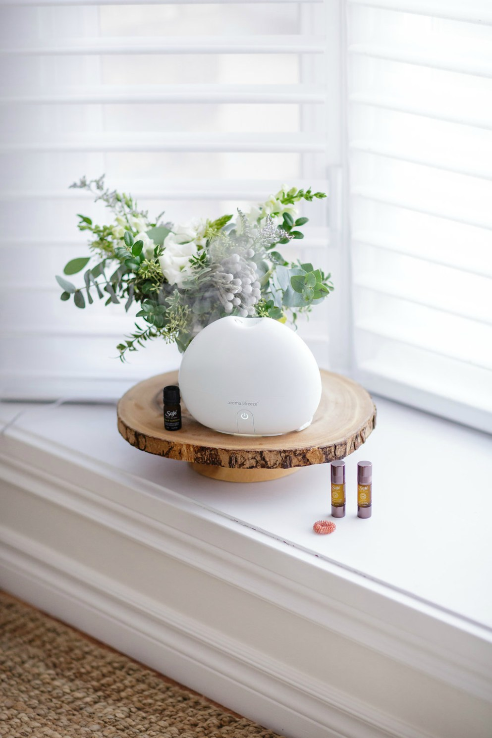 saje-wellness-essential-oils-benefits-diffuser-holiday-gift-ideas-rose-city-style-guide