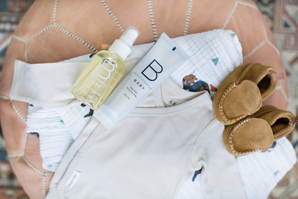 beauty-counter-baby-beauty-products-safe-mom-approved-rosecitystyleguide-canadian-lifestyle-blog-packing-baby-overnight