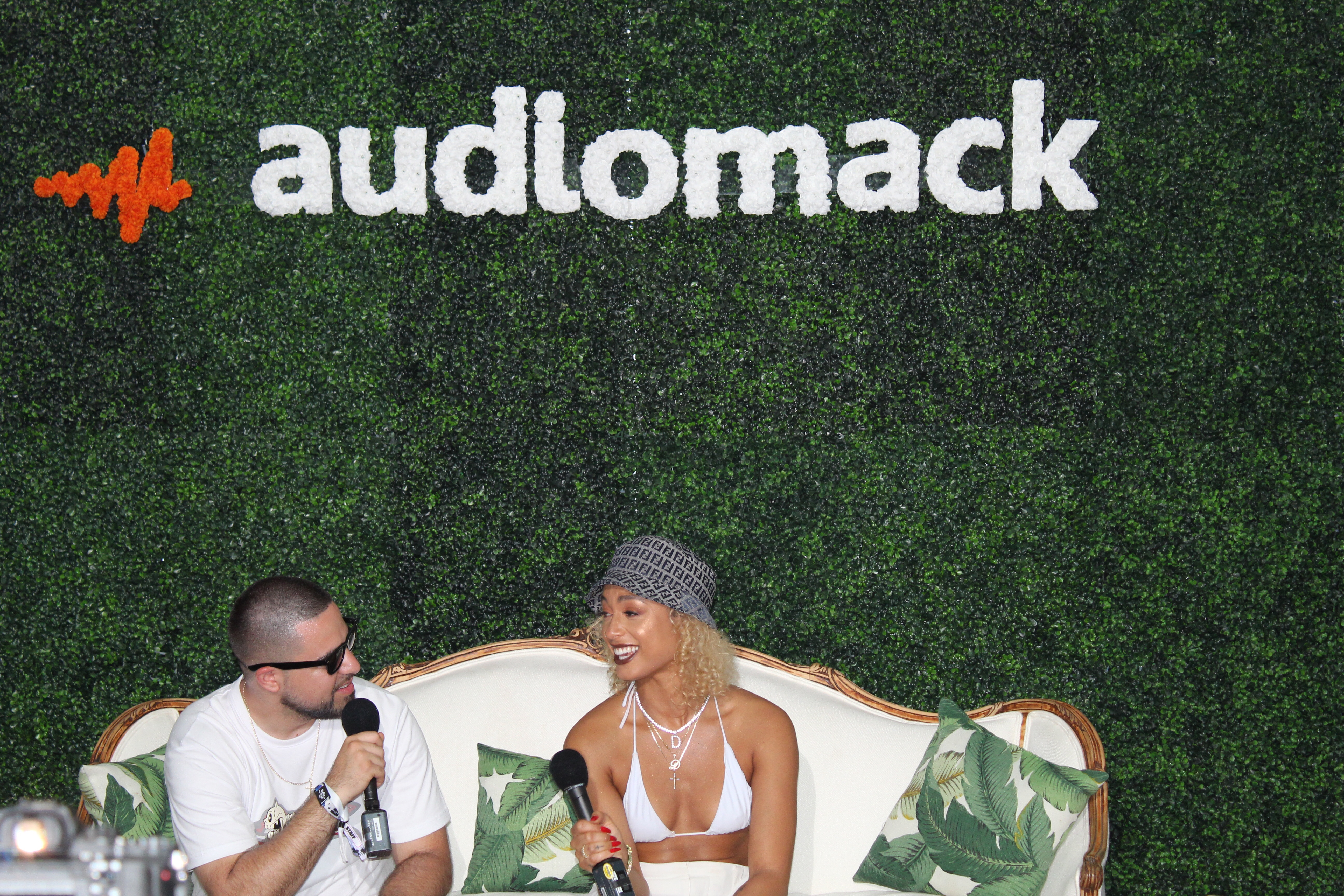Rosecrans Vic Talks With Danileigh at Rolling Loud Miami
