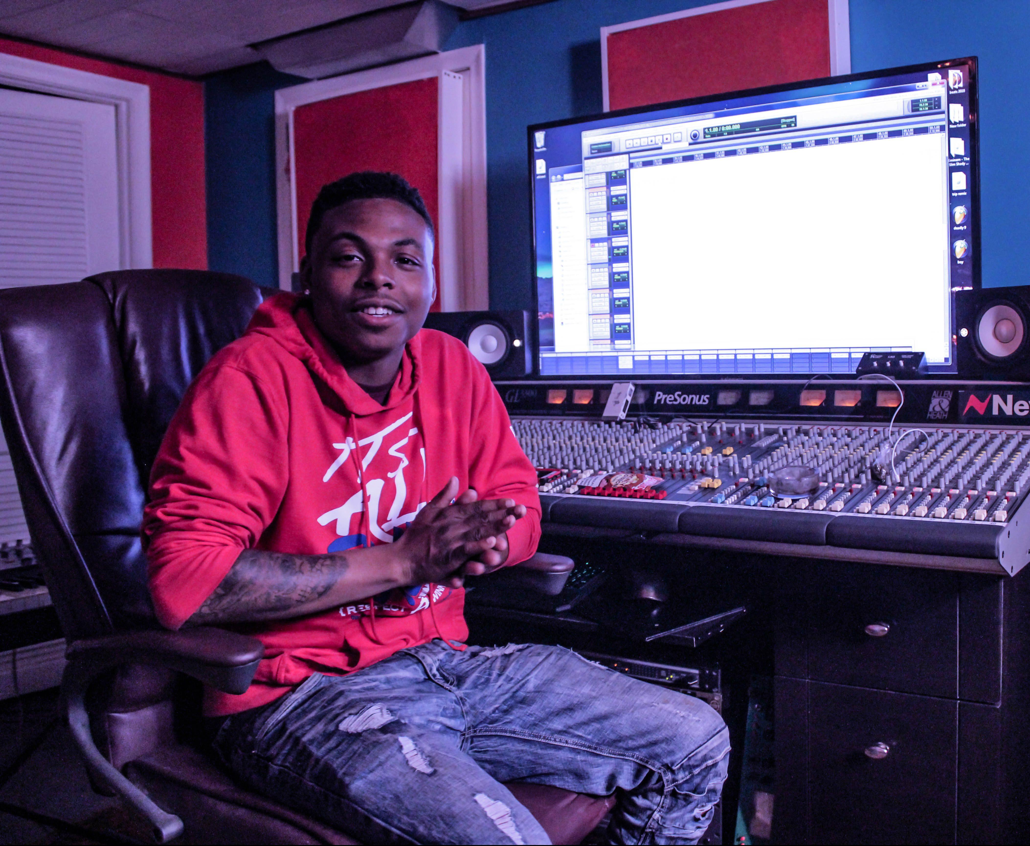 Michigan-based Artist Jerome Whitaker Drops Off 'RoseAnna' Album