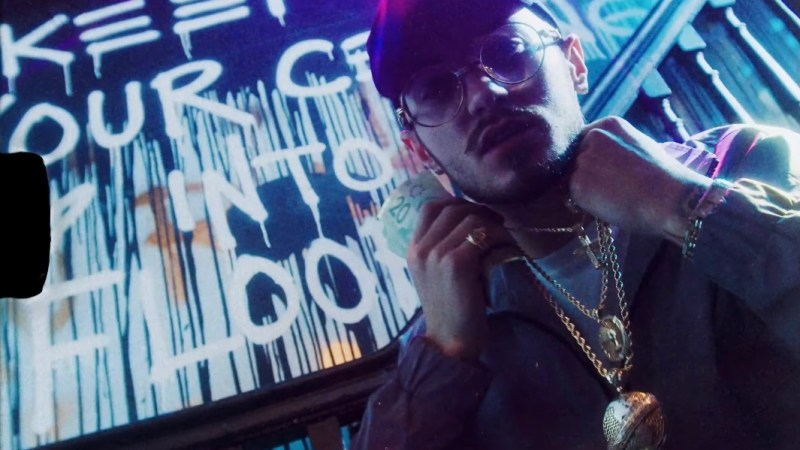 """Max Winds Kicks Off The New Year With """"2 Chains"""""""