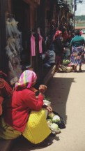 Lencas at the Market ©RosellaMartinez