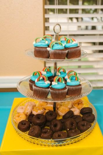 rainbow-cupcakes