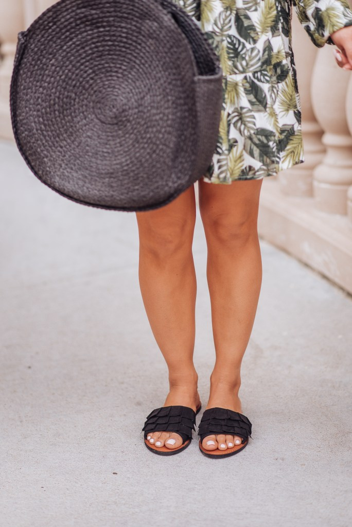 casual-black-sandals
